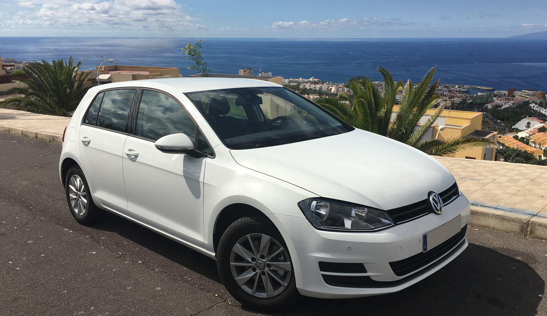 VW Golf VII   AUTOMATIC