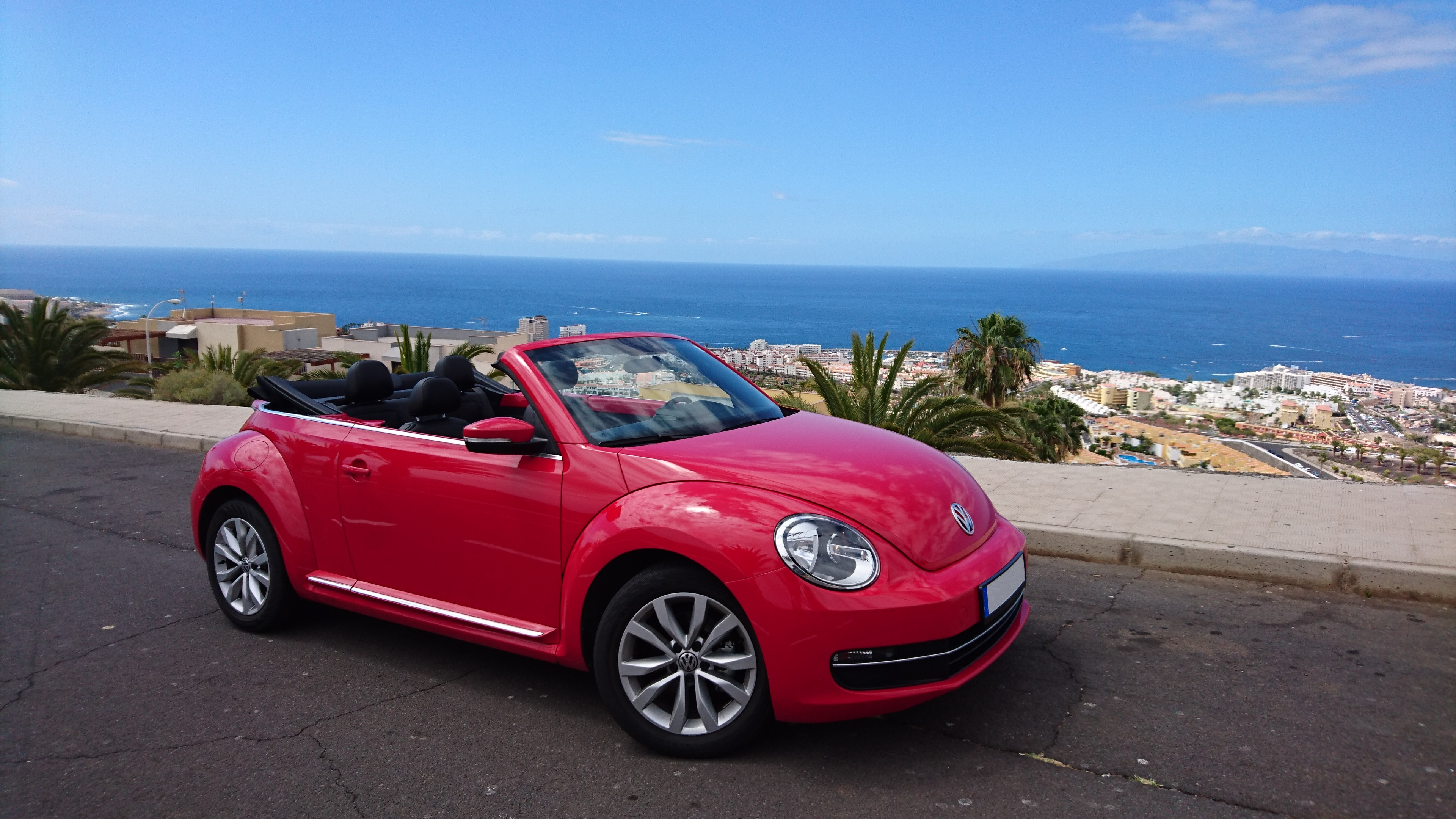 vw beetle cabrio red tenerife sports cars rent. Black Bedroom Furniture Sets. Home Design Ideas
